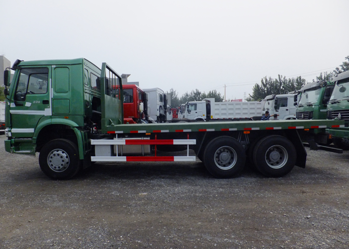 Flatbed Truck with Howo Heavy Duty Truck Chassis And Twist Locks for Cargos And 20ft Container