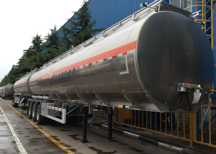 42000L Aluminum Fuel Tanker Semi Trailer 3 Axles for Aircraft Jet in The Airport